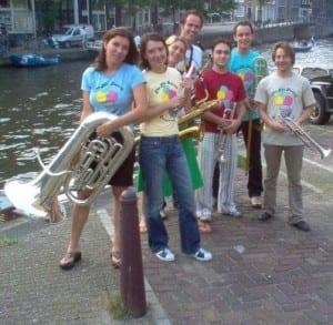 The Non Melting Ice Cream Band boek je voordelig bij burolivemuziek.nl