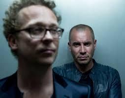 Jurk! boek je voordelig bij burolivemuziek.nl