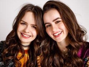 Sarah en Julia boek je voordelig bij Burolivemuziek.nl