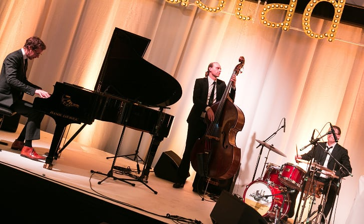 swing jazz trio