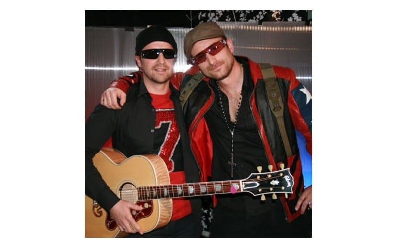 Bono en The Edge (U2 tribute)
