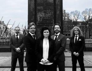 Binnenlandsche Zaken voordelig boeken bij Burolivemuziek.nl