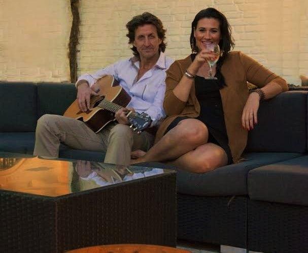 INTO FM (Akoestisch Duo)