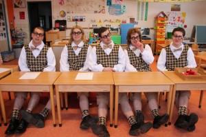 AC-Dixi-Nerds-in-de-schoolbanken